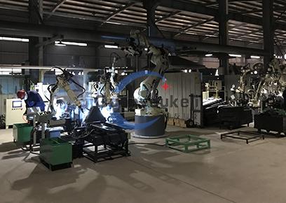 搬运车车架机器人焊接搬运柔性生产线2
