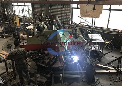 五金件 机器人焊接生产线