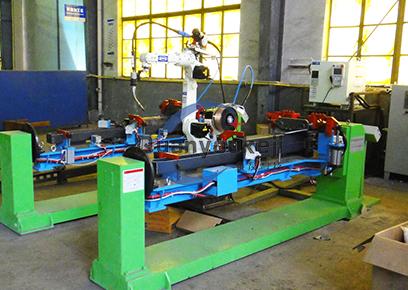 汽车举升机提升臂 机器人焊接工作站