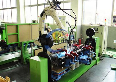 电梯上梁组件机器人焊接工作站